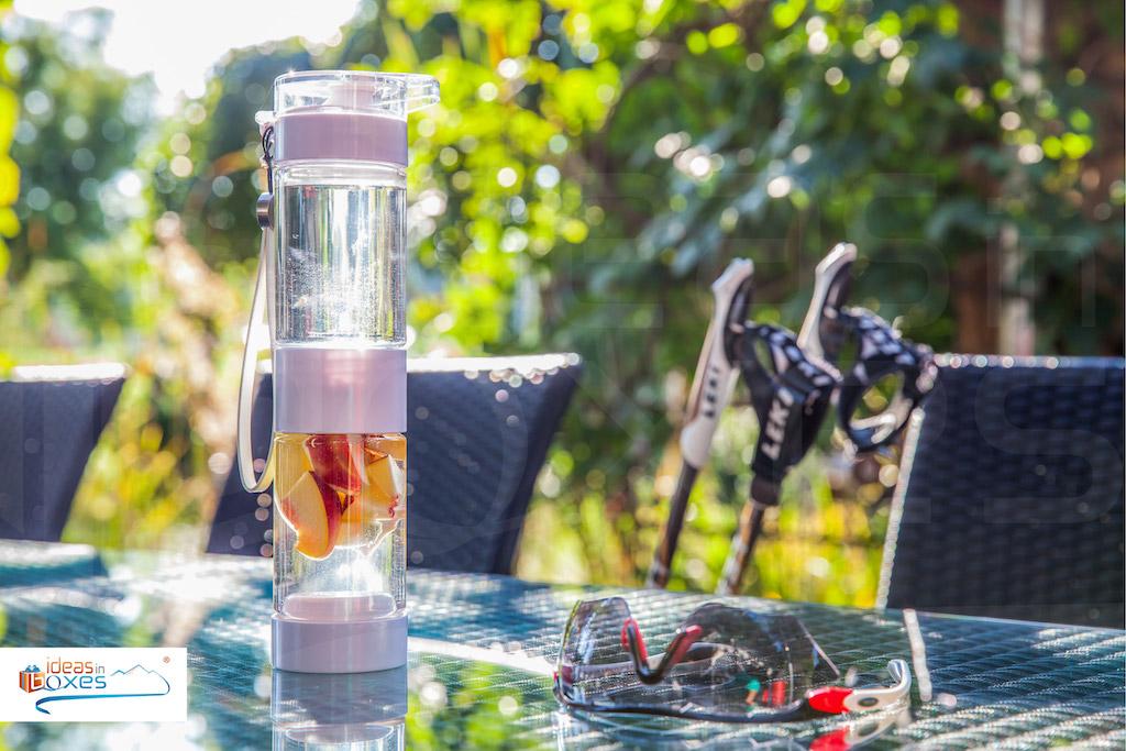 Define Bottle Sport Trinkflasche mit Früchteeinsatz