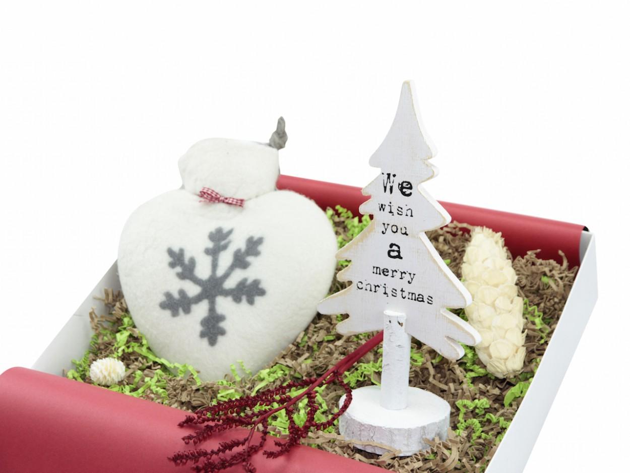 die besten weihnachtsfilme auf netflix ideas in boxes blog. Black Bedroom Furniture Sets. Home Design Ideas