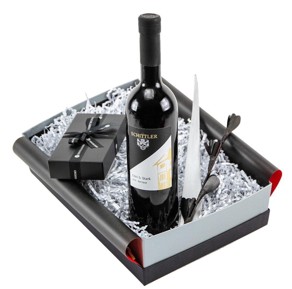 Geschenkset mit Rotwein und Schokolade
