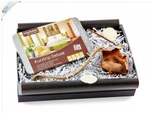 urlaubsbox-geschenkset-weihnachtsgeschenk-reisegutschein