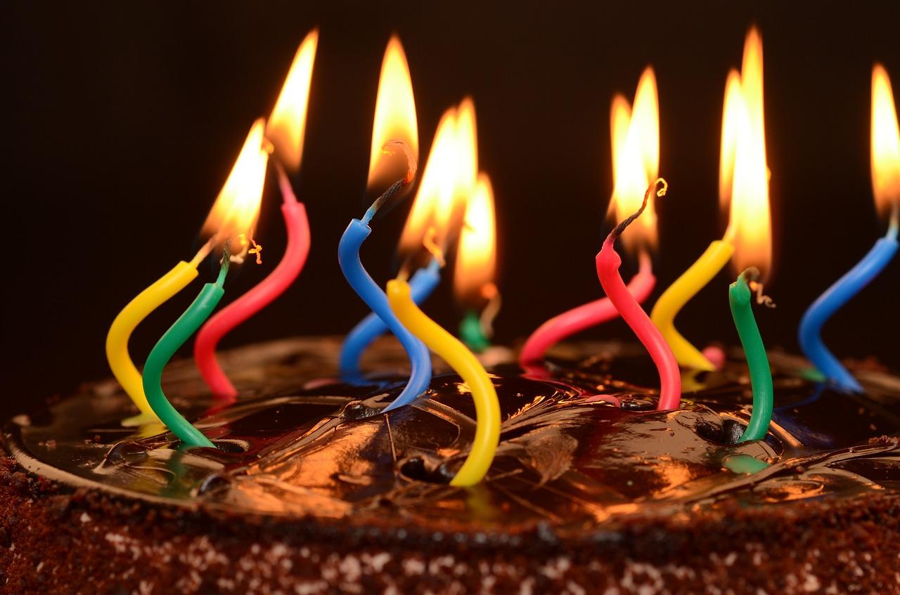 Ideen & Geschenke zum 18. Geburtstag