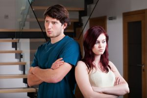 25624771 - unhappy and incompatible couple have a crisis